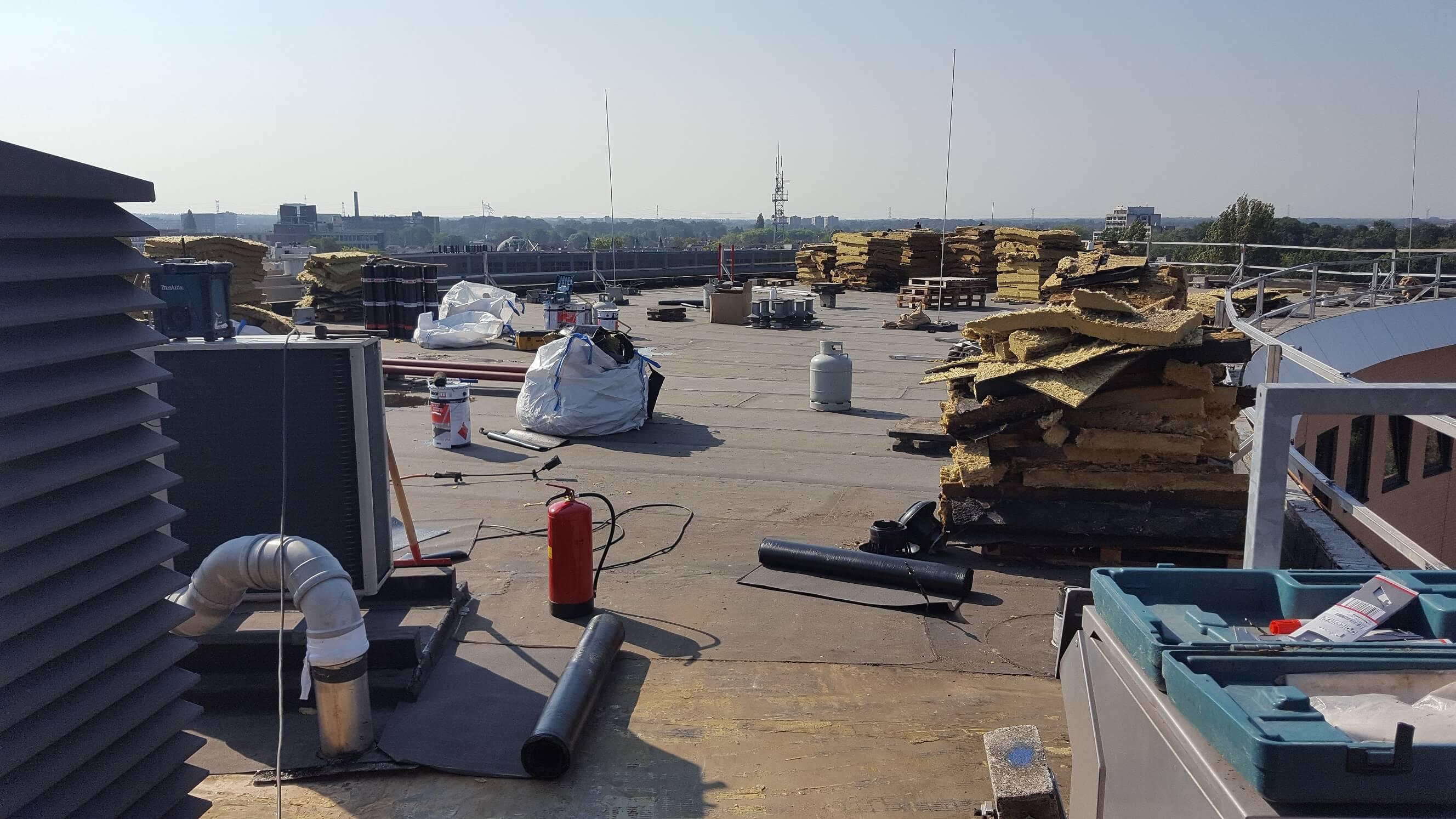 24-uurs service en beheer van daken